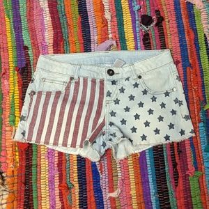 Xhilaration American flag shorts